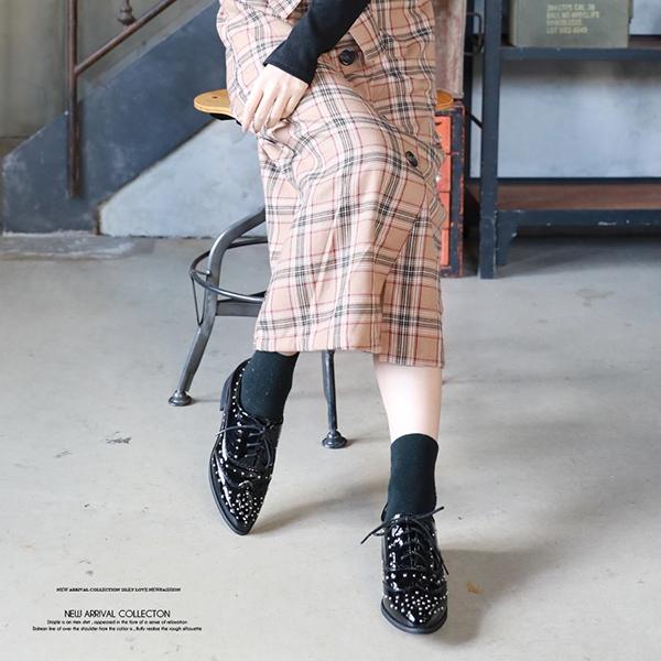【2020春夏新作】スタッズオックスフォードシューズ/ポインテッドトゥ/靴/小物/2020新作
